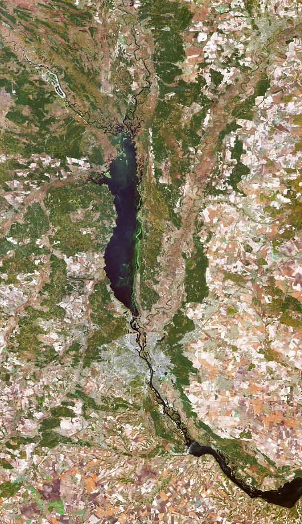 Киев показали на снимке из космоса 1