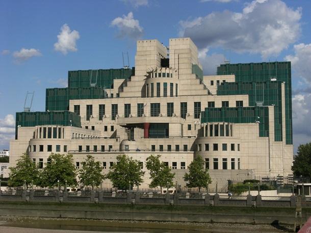 Дефицит шпионов. Новые правила британской разведки 1